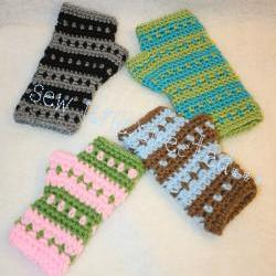 Diamonds and stripes fingerless gloves