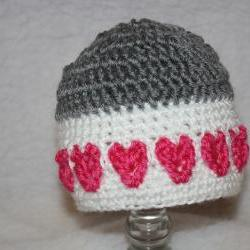 Hearts all around Beanie